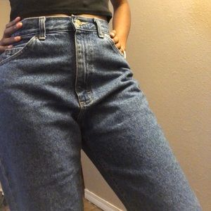 cute mom jeans :)) great for tall girls